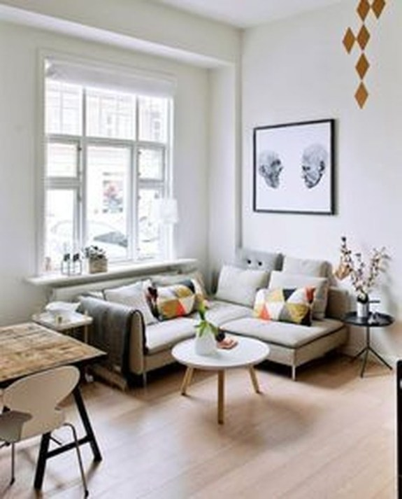 Amazing Small Living Room Design to Make Feel Bigger 27