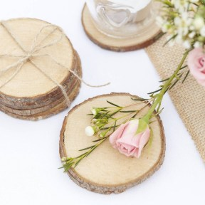 Beautiful Decorations for Your Wedding Decoration with Wooden Slices06
