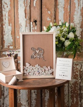 Beautiful Decorations for Your Wedding Decoration with Wooden Slices28