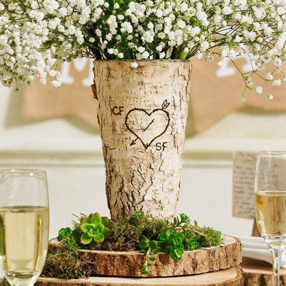 Beautiful Decorations for Your Wedding Decoration with Wooden Slices53