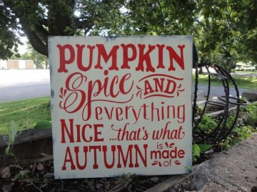 Best Fall Pallet Projects and Design for Your Home on a Budget 35