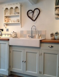 Cozy Kitchen Decorating with Farmhouse Sink Ideas 03