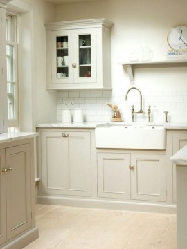 Cozy Kitchen Decorating with Farmhouse Sink Ideas 22