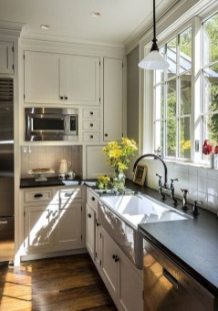 Cozy Kitchen Decorating with Farmhouse Sink Ideas 38