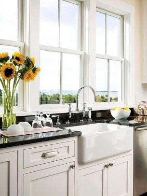 Cozy Kitchen Decorating with Farmhouse Sink Ideas 51