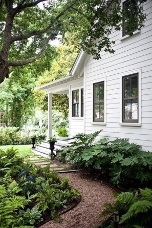 Most Amazing Side Yard Landscaping Ideas to Beautify Your Garden 09
