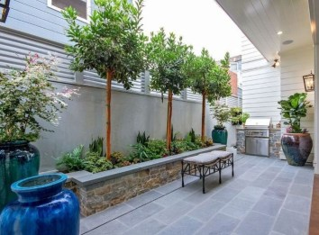 The Design of a Small, Simple Backyard You Must Have 24