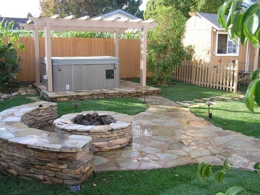 The Design of a Small, Simple Backyard You Must Have 38