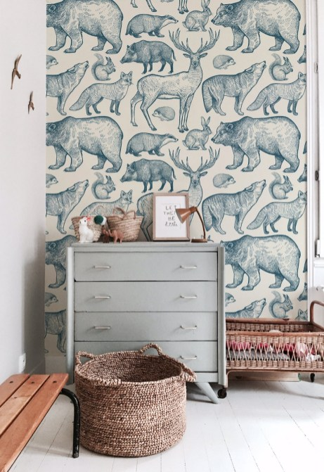 Best Wallpaper Decoration Designs to Enhance Your Family Room 32