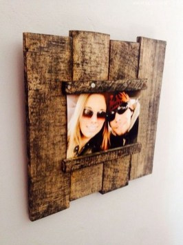 Cool Interior Design DIY Pallet to Beautify Wall Hangings of your Home 29
