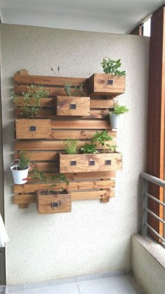 Cool Interior Design DIY Pallet to Beautify Wall Hangings of your Home 39