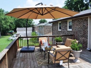 Easy DIY Wooden Deck Design For Backyard 22