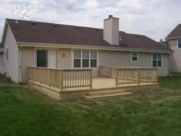 Easy DIY Wooden Deck Design For Backyard 28