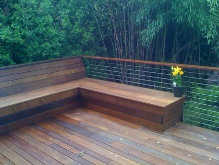 Easy DIY Wooden Deck Design For Backyard 37