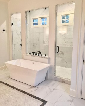 Majestic Bathroom Decoration to Perfect Your Dream Bathroom 37