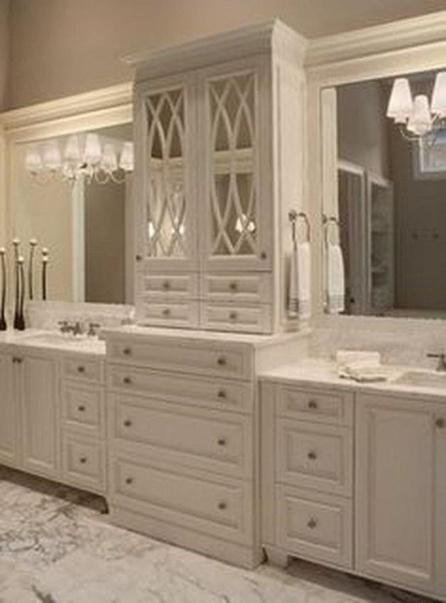 Majestic Bathroom Decoration to Perfect Your Dream Bathroom 49