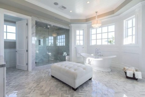 Majestic Bathroom Decoration to Perfect Your Dream Bathroom 69