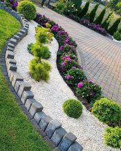Mesmerizing Side Yard Landscaping Design Ideas to Perfect Your Garden Design 03