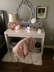 Most Comfortable Makeup Room with Mirror Decoration for Women 02