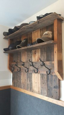 Superb DIY Wood Furniture for Your Small House and Cost-efficiency 10