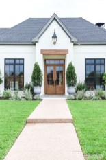 Variety of Colors Charming Exterior Design for Country Houses to Look Beautiful 12