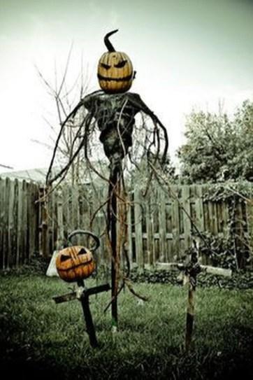 Best DIY Halloween Decorations To Perfect Your Outdoor Design 21