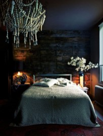 Cozy Halloween Bedroom Decorating Ideas 32