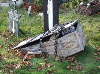Creepy Halloween Coffin Decorations 03