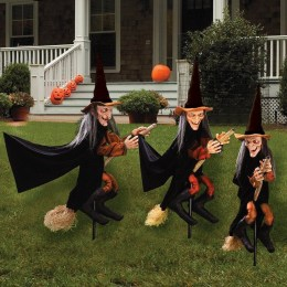 DIY Creepy Halloween Decorating Ideas Outdoors 01