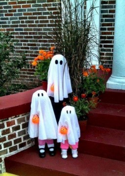 DIY Creepy Halloween Decorating Ideas Outdoors 09