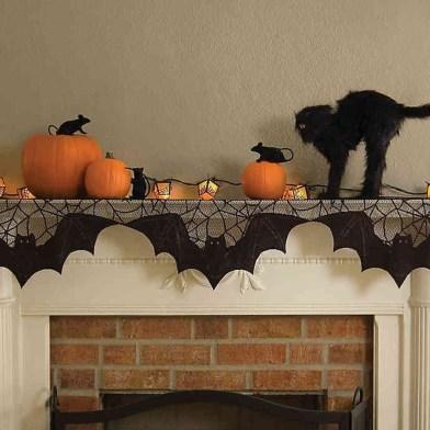 Elegant Halloween Mantel décor You Must Try In Halloween 2019 26