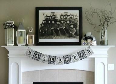Elegant Halloween Mantel décor You Must Try In Halloween 2019 32
