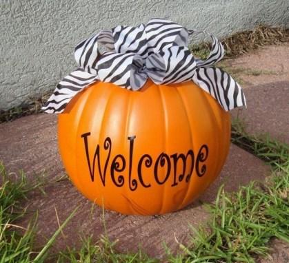 Gorgeous Pumpkin Decorating Ideas 15