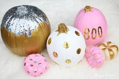 Gorgeous Pumpkin Decorating Ideas 17