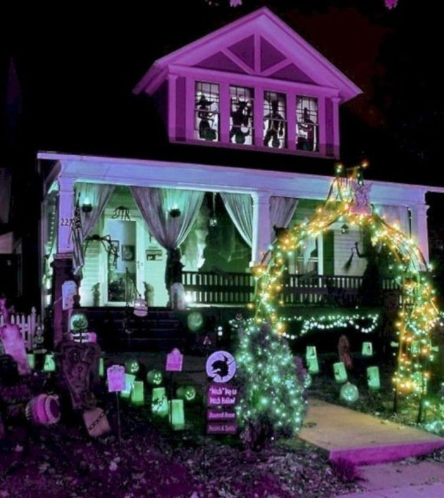Most Amazing DIY Halloween Decoration Ideas to Make Your Outdoor Decoration More Perfect 40