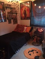 Small Bedroom Decoration with Halloween Ornament 12