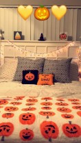Small Bedroom Decoration with Halloween Ornament 25