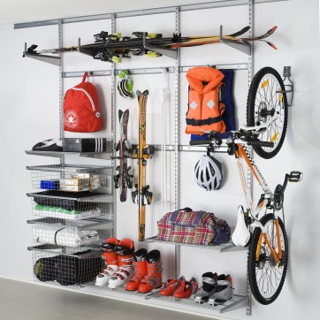 Smart and Comfortable Garage Organization for Your Small Room 10