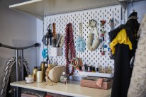 Smart and Comfortable Garage Organization for Your Small Room 13