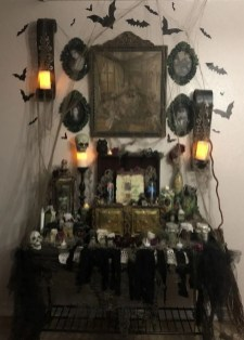 The Best Halloween Fireplace Decoration This Year 04