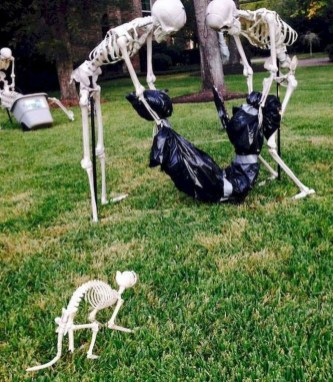The Most Creepy Halloween Garden Decoration in Years 47