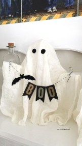 The Most Scary DIY Halloween Decoration Ideas For Your Home 02