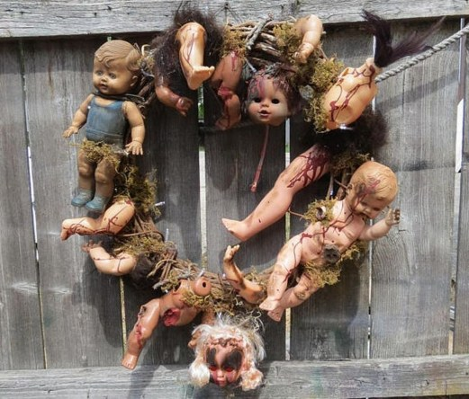 The Most Scary DIY Halloween Decoration Ideas For Your Home 11