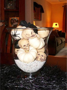 The Most Scary DIY Halloween Decoration Ideas For Your Home 30