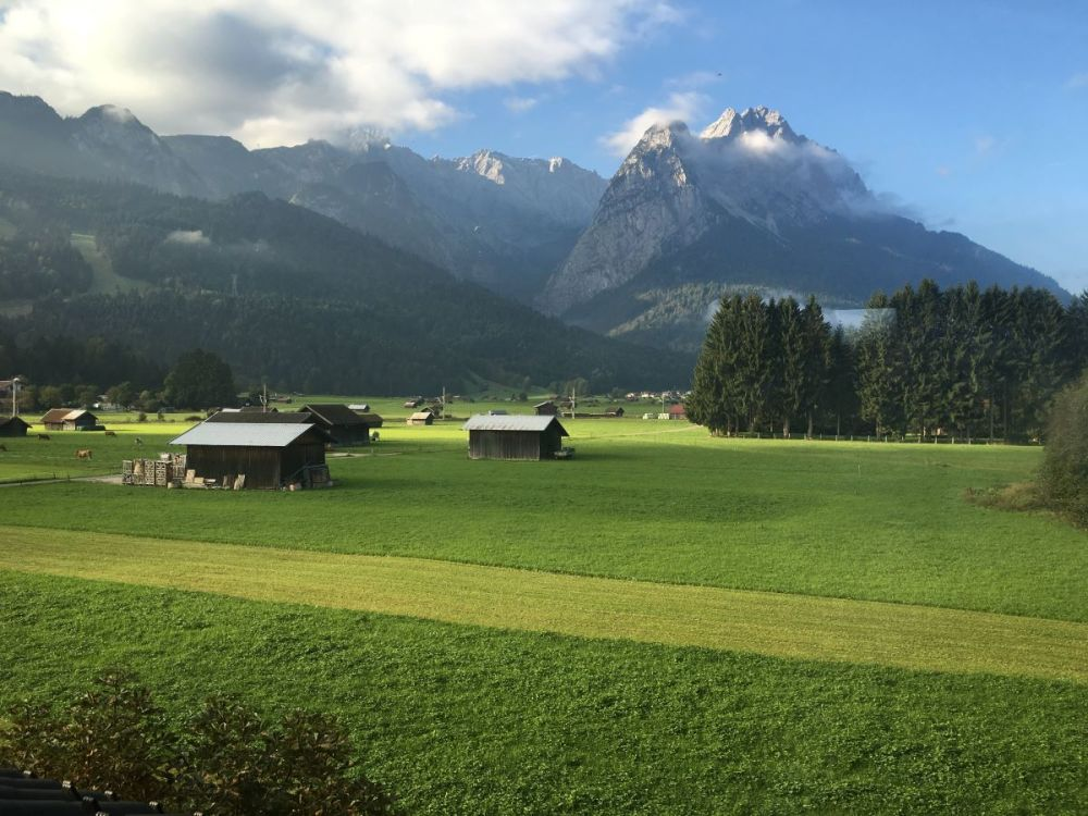 A view of the mountains and cabins in Garmisch.
