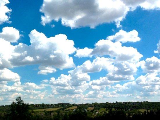A view south: Edmonton summer sky