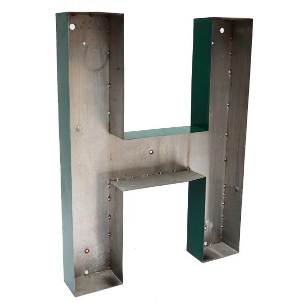 Grande lettre H verte en métal vintage anciellitude