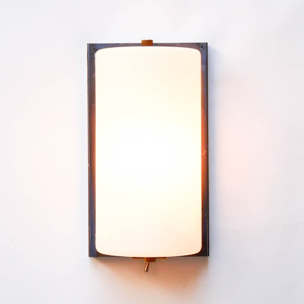 Old Opalin Wall Light  anciellitude