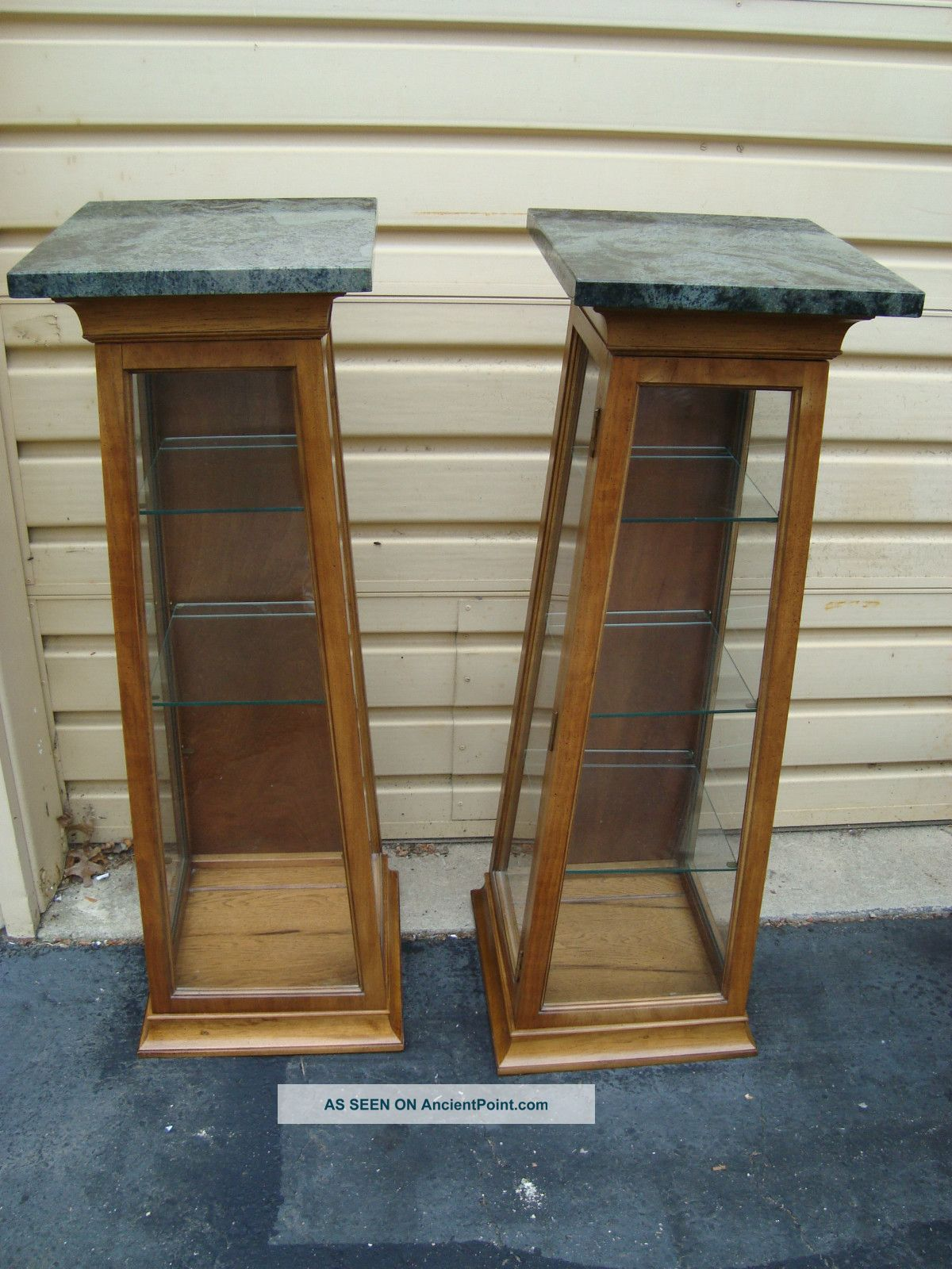51109 Pair Thomasville Marble Top Pedestal Curio Cabinets