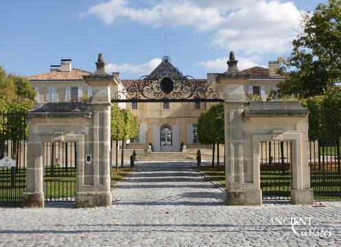 temp_file_temp_file_Entrée_château_du_Tertre11